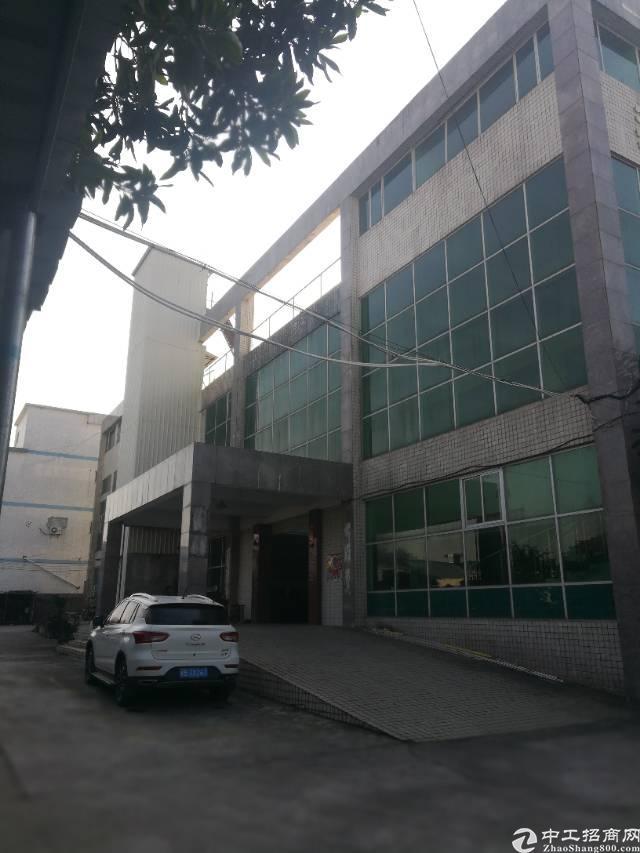 坪山石井出租三楼850平米 只要10元/平米