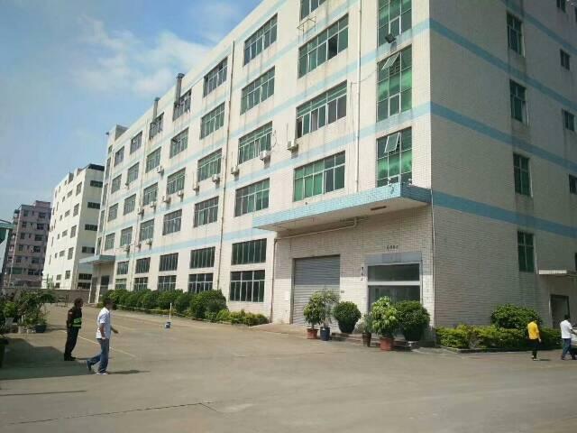 平湖华南城平吉大道楼上1500平方米带装修厂房招租