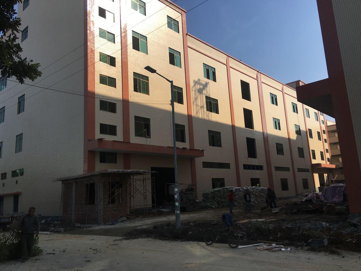 东莞市新出独院全新标准厂房出租,4层10000平方