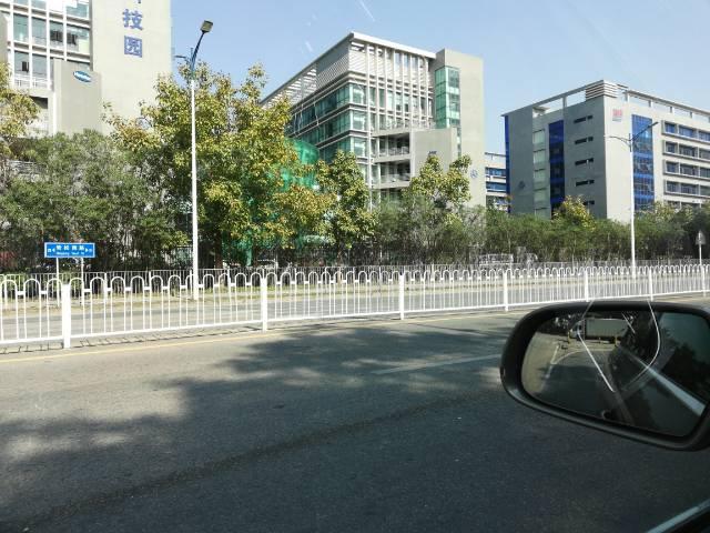 深圳市平山红本低价出售厂房