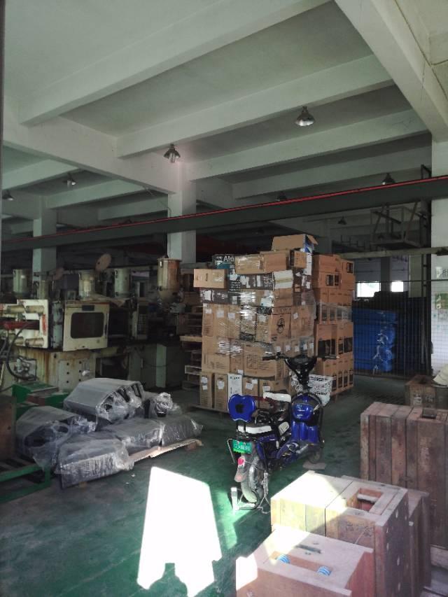 深圳市布吉2700平米出售红本房产证