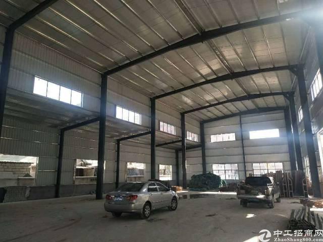 大岭山镇杨屋靠近长安新出独院钢构厂房两栋7000平方低价出租