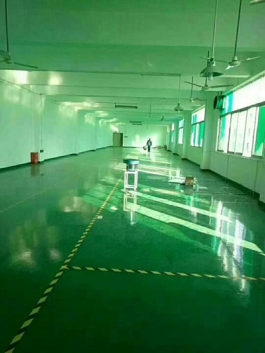 沙井西部工业区新出楼上650平米厂房现成装修,免转让费