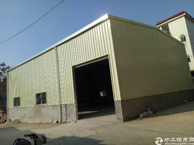 清溪镇罗马钢结构厂房500㎡低价出租