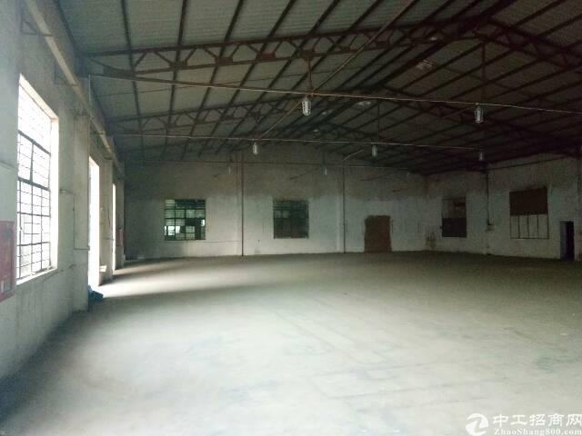 坪地新出独院厂房4800平出租,滴水7米