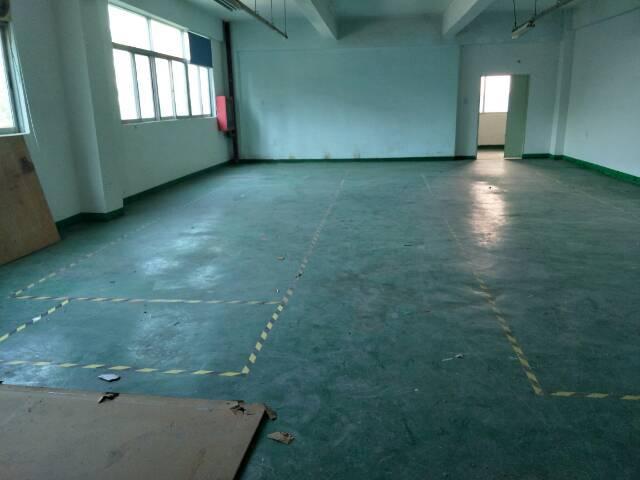 福永塘尾宝安大道边楼上300平米带装修厂房出租