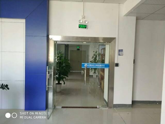 丹竹头新出楼上带装修厂房1000平米