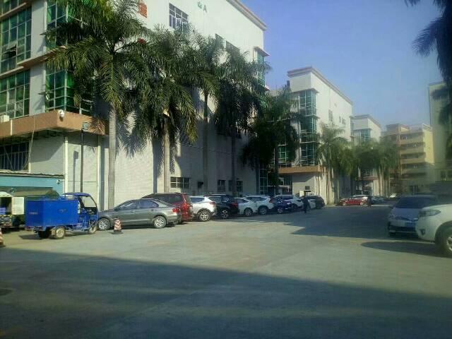 沙井东环路附近楼上原房东厂房2000平方