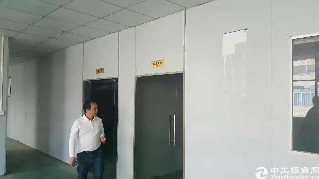 大岭山新出标准厂房三楼1100平方,现成办公室装修-图2