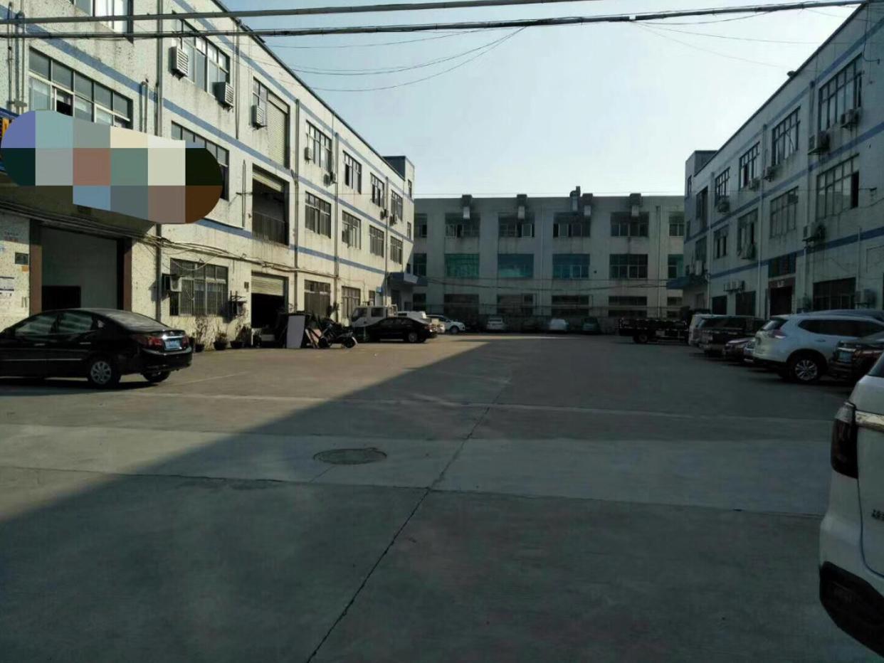 大岭山镇向东大型工业园楼上新出带装修厂房600平方厂房出租