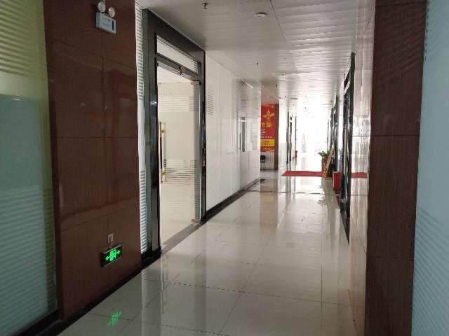 沙井地铁口188平米精装修写字楼出租,图片5