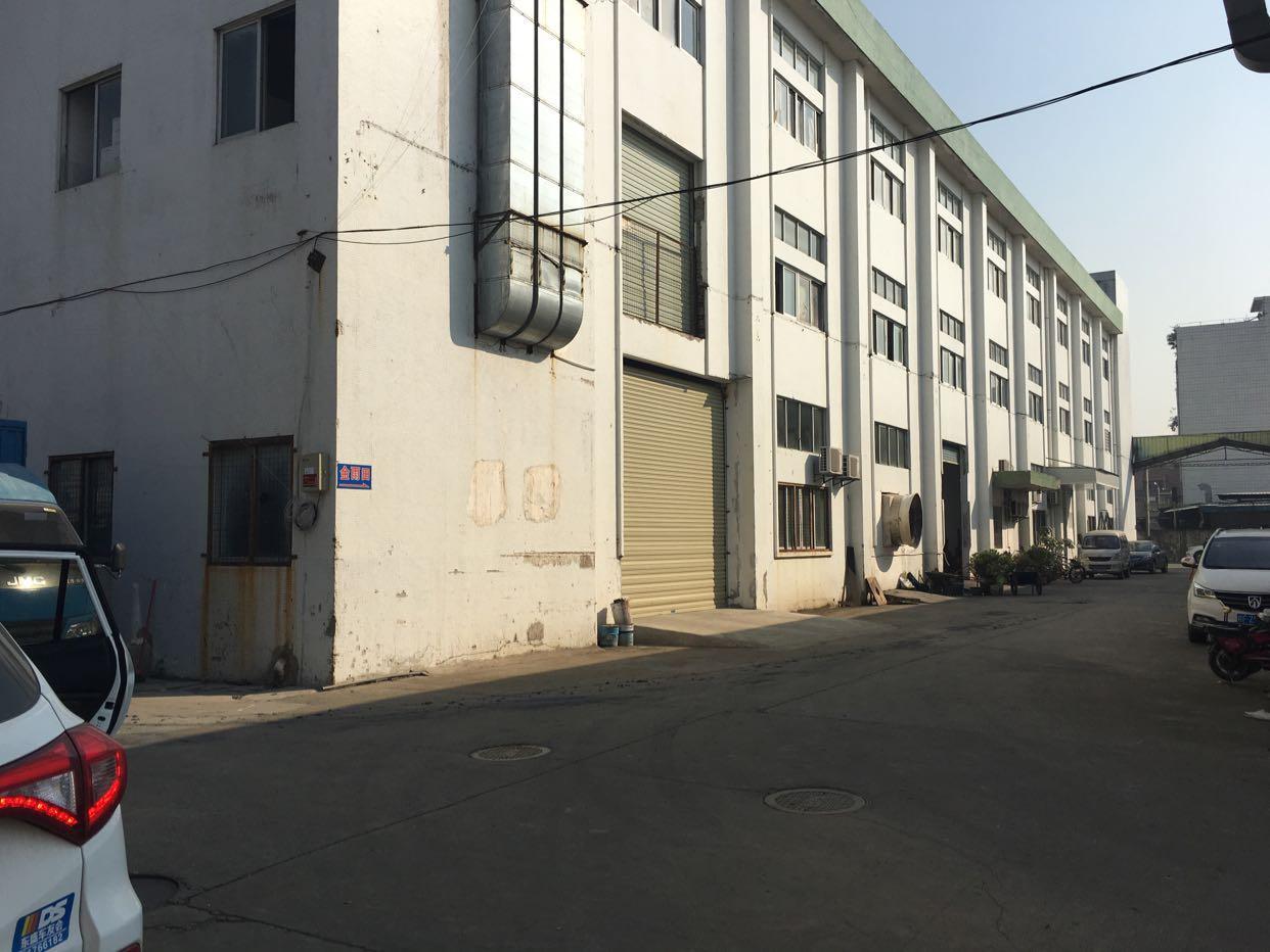 松岗塘下涌工业大道新出二楼厂房300平方米