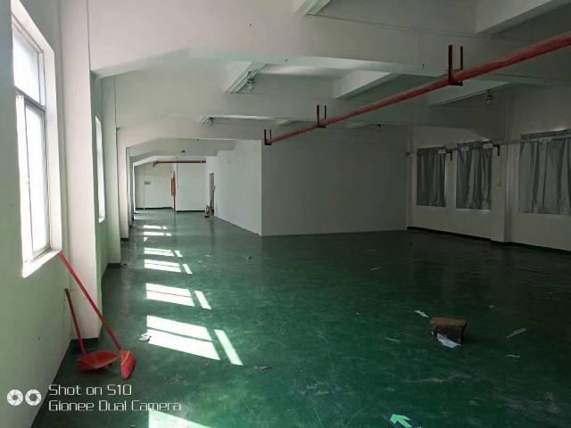 出租龙岗坪地新出标准独院厂房2800平米,形象乐观