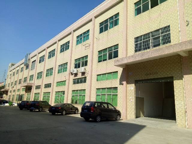 清溪镇高速路口500米带现成烤漆设备标准厂房3楼1100㎡出