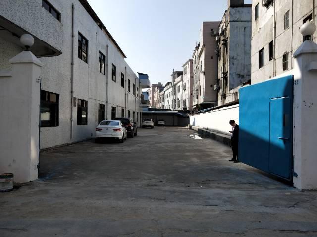 大岭山新塘原房东独院标准厂房即将空出