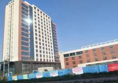 洪梅镇2500平米带装修写字楼出租