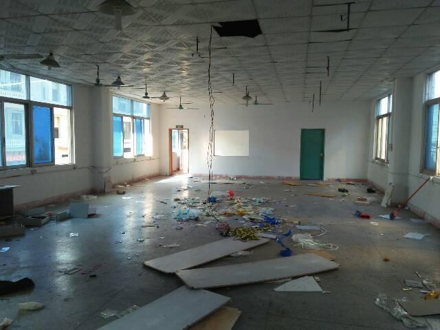 清溪镇中心标准厂房二楼300平米