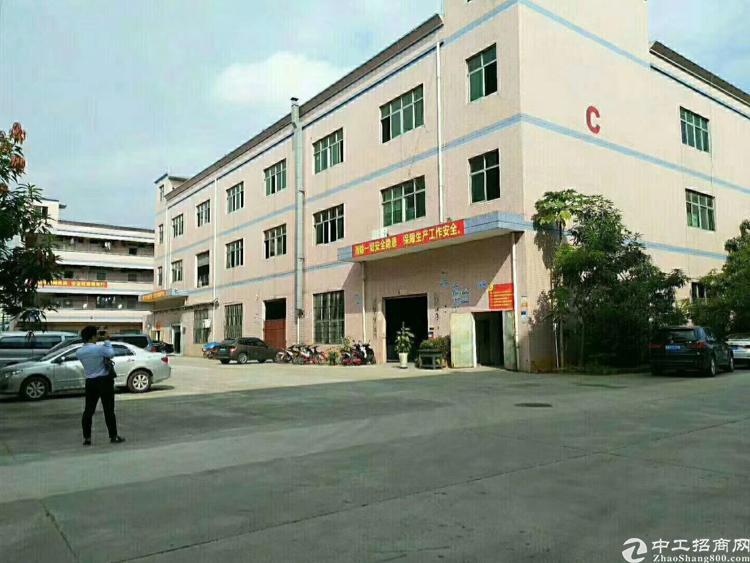松岗燕川二楼3000平方精装修厂房招租水电齐全