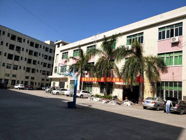 龙岗 (原房东)独院招租 厂房1-3层5900平米