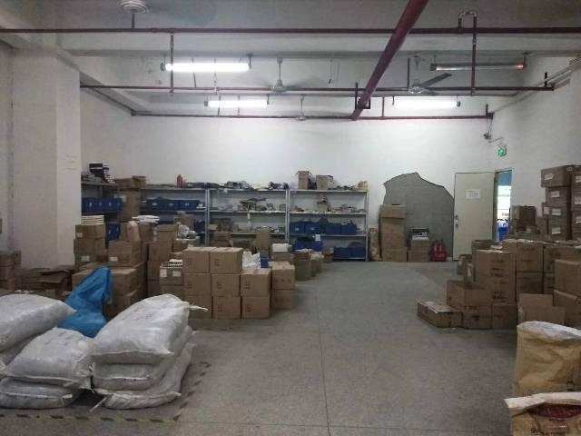 福永塘尾村,工业园带装修1000平米厂房出租