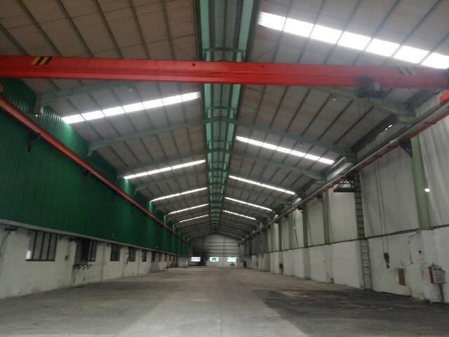 清溪镇新出滴水10米,带3吨行车3000㎡钢构厂房出租