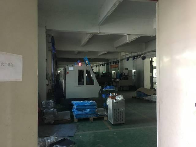 坑梓沙田比亚迪附近新出一楼550平米带装修水电齐全厂房出租