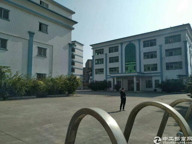 清溪靠高速出口工业园内一楼标准厂房1100平米招租
