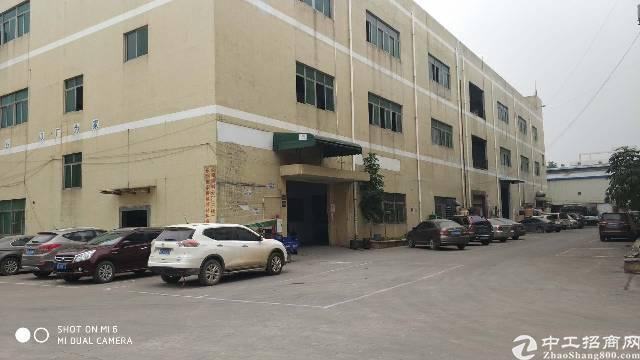 长安锦厦楼上带装修500平米水电齐全厂房