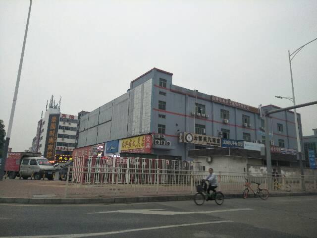 松岗高速出口独院厂房1-4层25000平方,宿舍8500平方