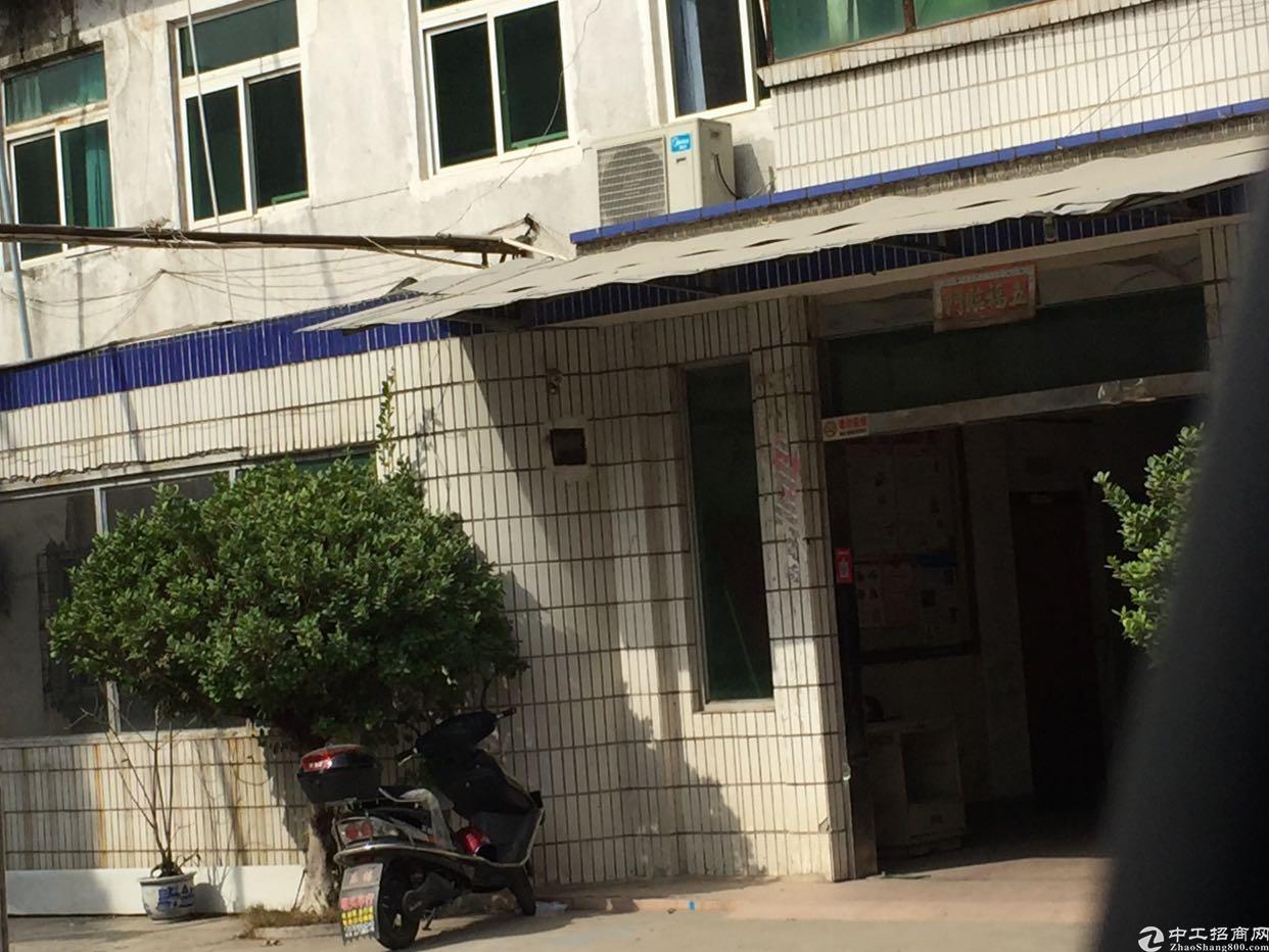 松岗江边3楼200平方厂房出租