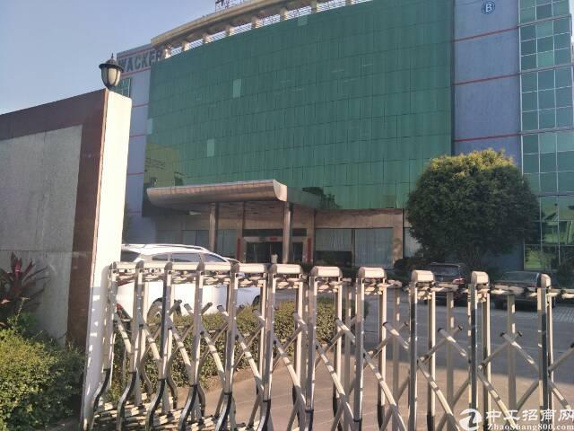 福永新出楼上5000平的厂房,有消防喷淋,形象非常漂亮