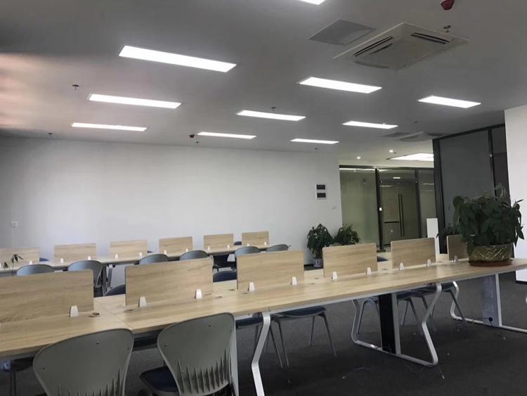 坂田杨美地铁口300平带装修厂房低价出租-图4