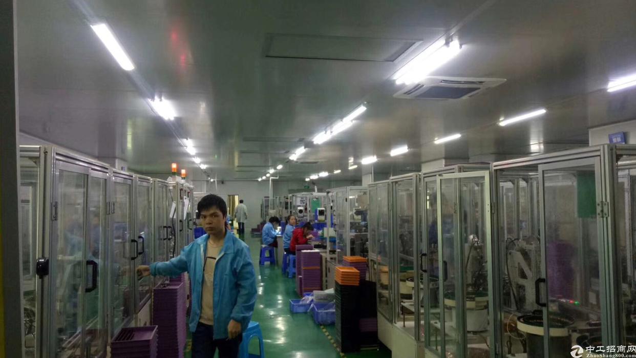 福永镇和平楼上一整层1700平厂房招租