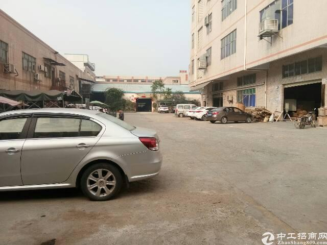 公明南光高速入口旁新出楼上无公摊1200平厂房