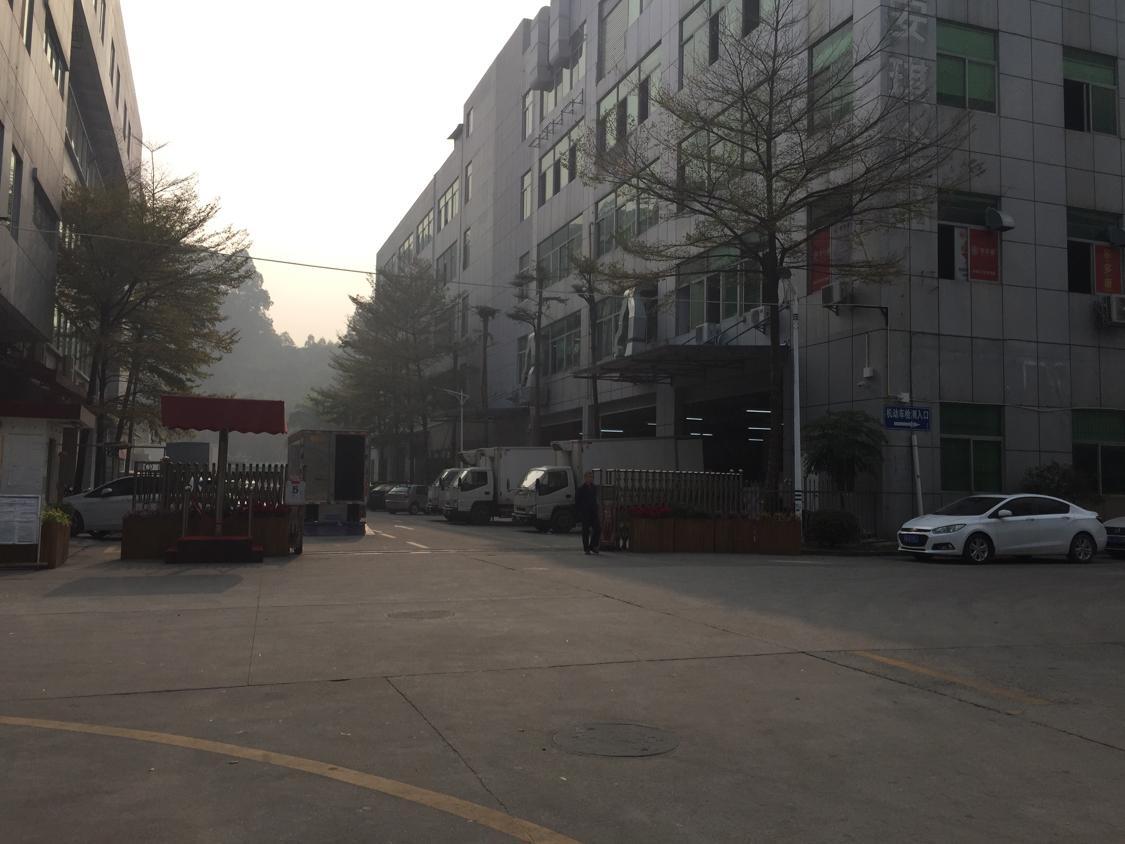 观澜高新区新出2350平方精装修厂房