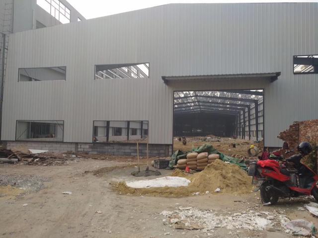 独门独院单一层全新滴水位9.5米厂房招租