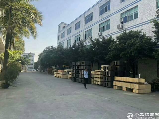 平湖华南城原房东独院厂房4800平米!可分租