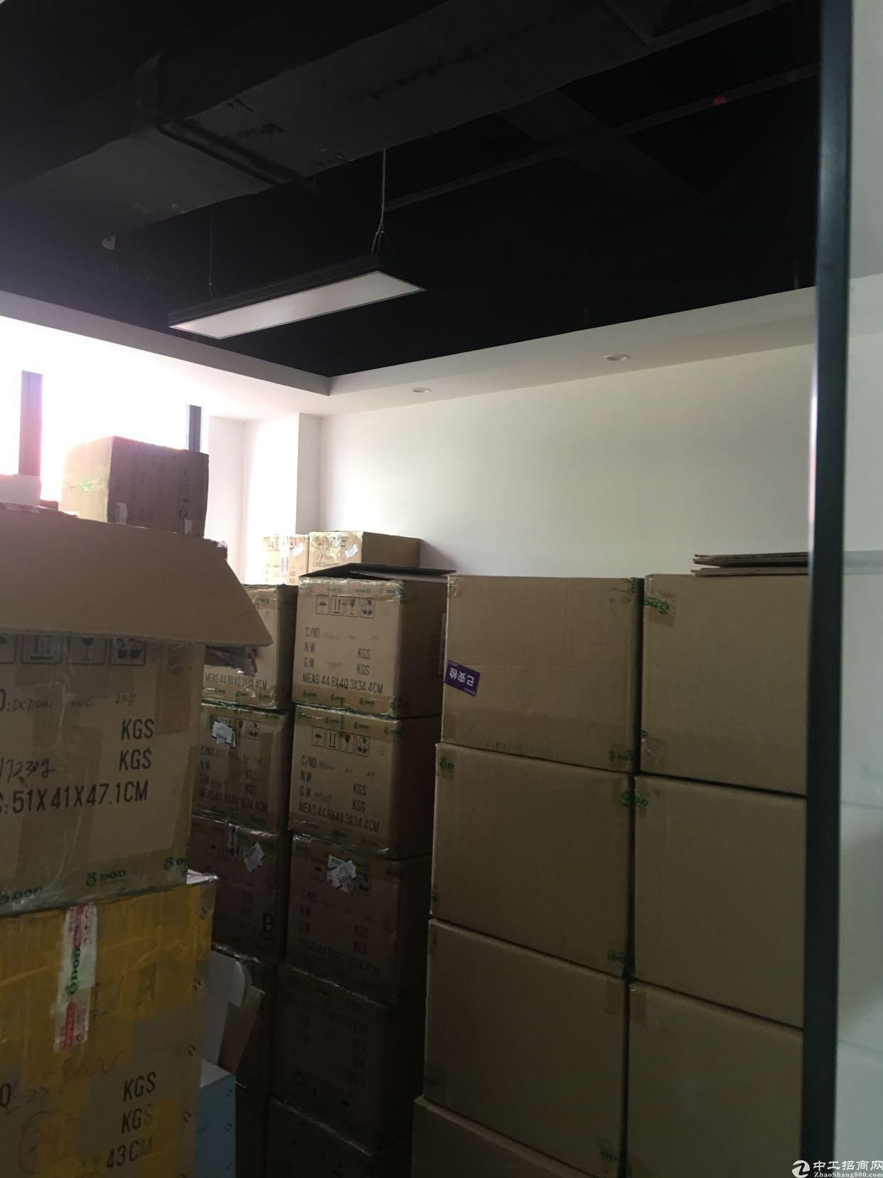观澜精装修办公室230平方出租