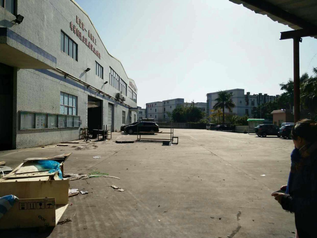 深圳坂田独院单一层12米高30000平方可分租低价出租