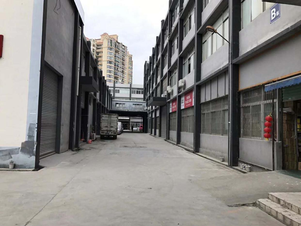 布吉南岭新出楼上1780平