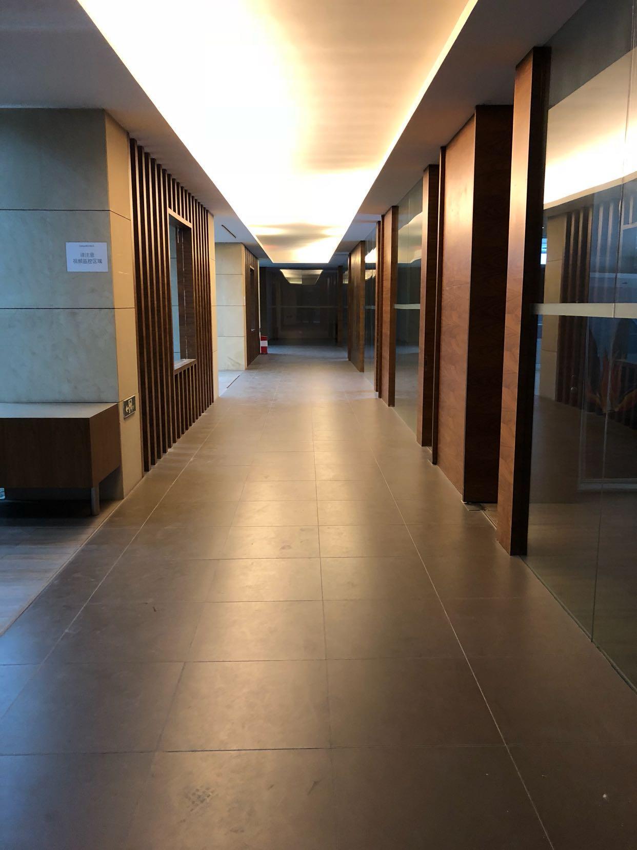 坂田独门独院厂房带精装修一楼楼上