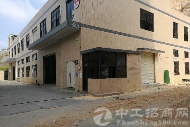 厂房在公明南光出口两公里处一楼1200平米带牛角位出租