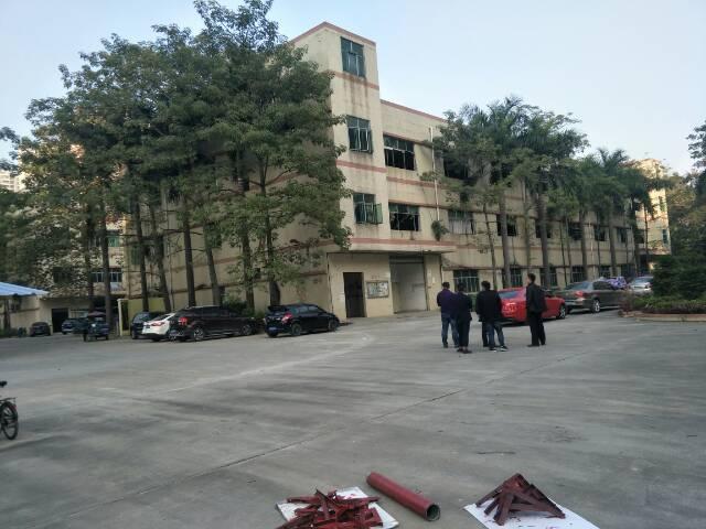 福永桥头地铁站附近新出1200平方豪华装修厂房