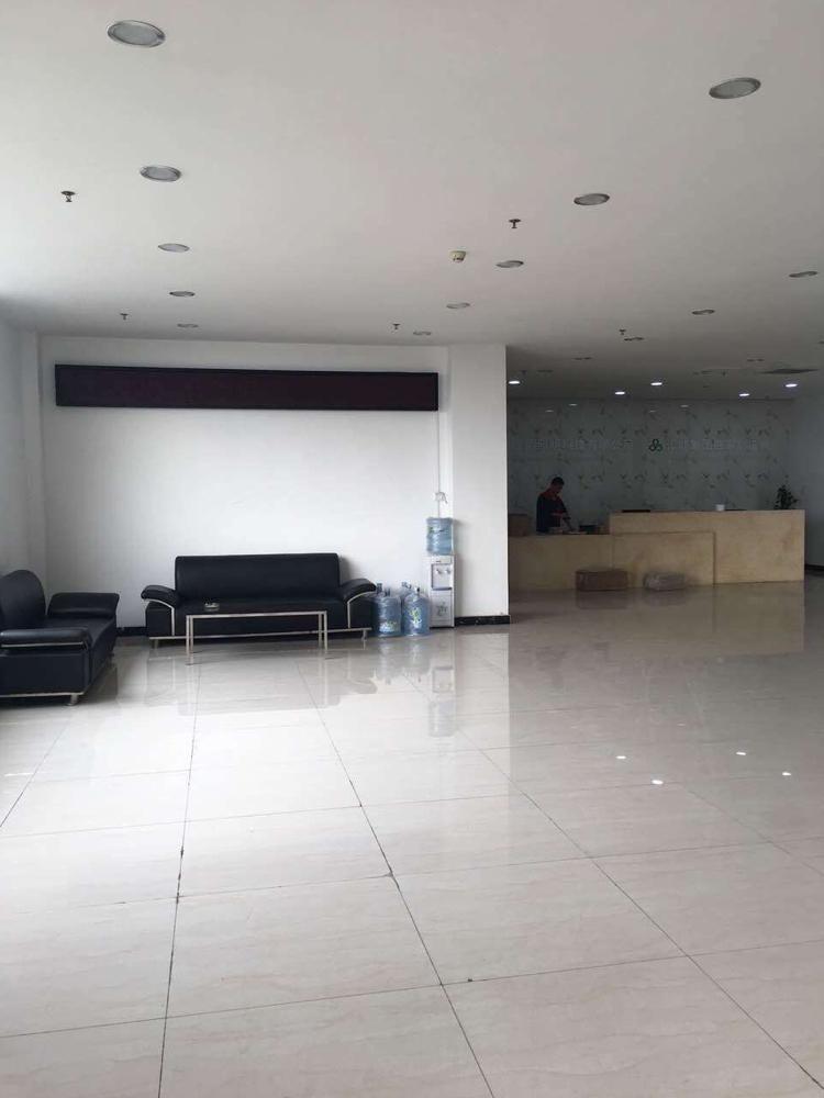 光明新区公明南光高速下村出口6400平方豪华办公室装修厂房出-图3