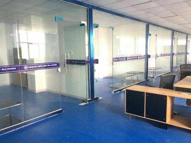 龙岗坪山高铁站附近1200平精装修厂房可分租-图3