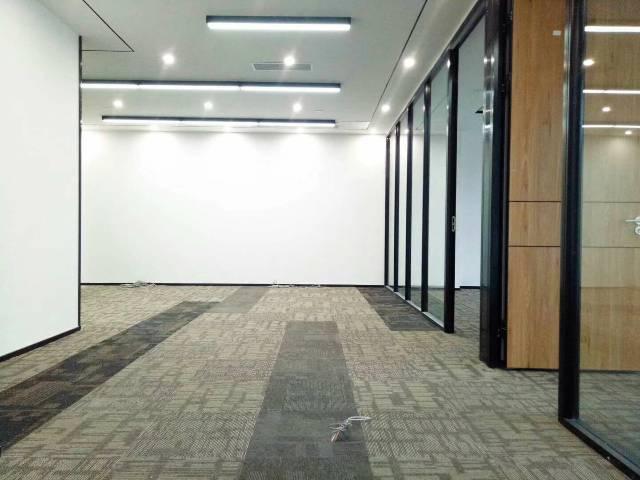 松岗高档写字楼便宜出租,楼上2580平方米