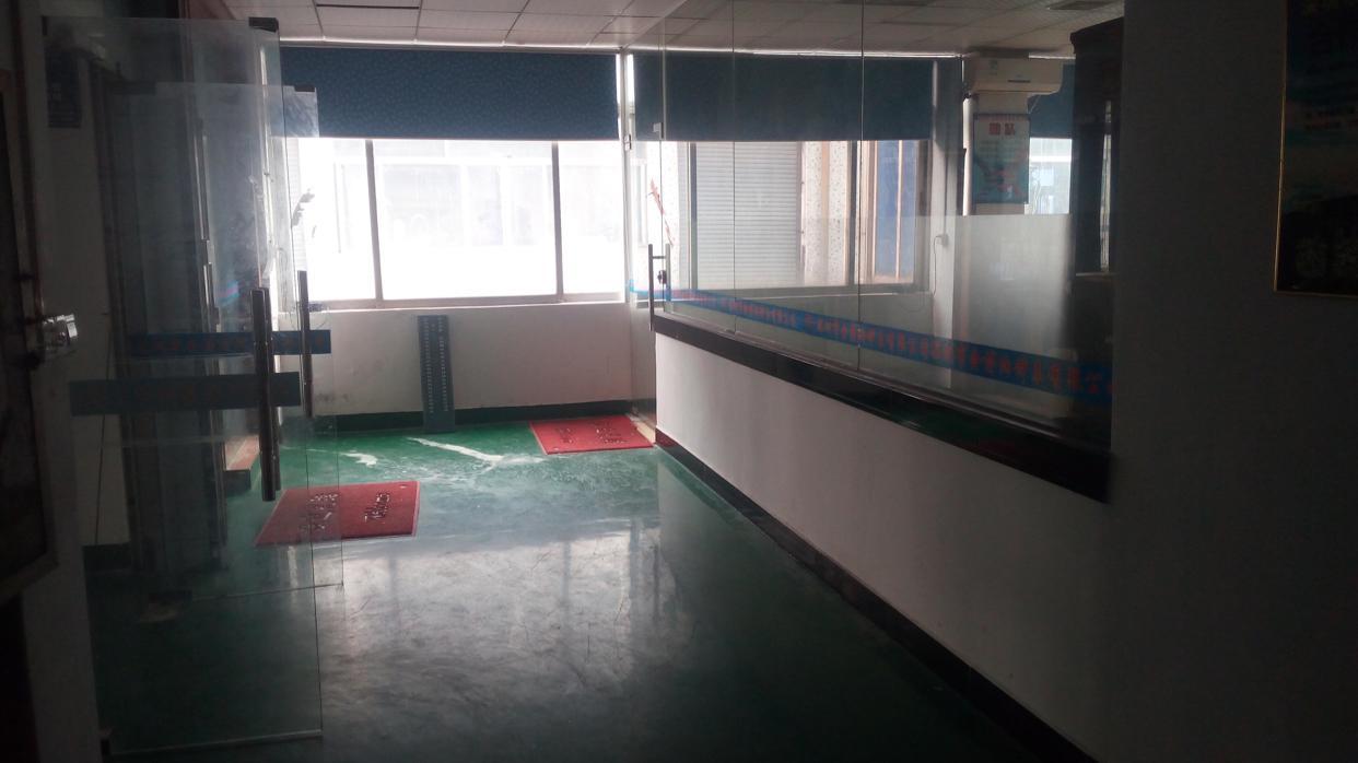 福永白石厦楼上1500平整层带装修招租-图5