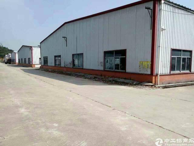 龙岗坪地钢构厂房3500平米16块出租