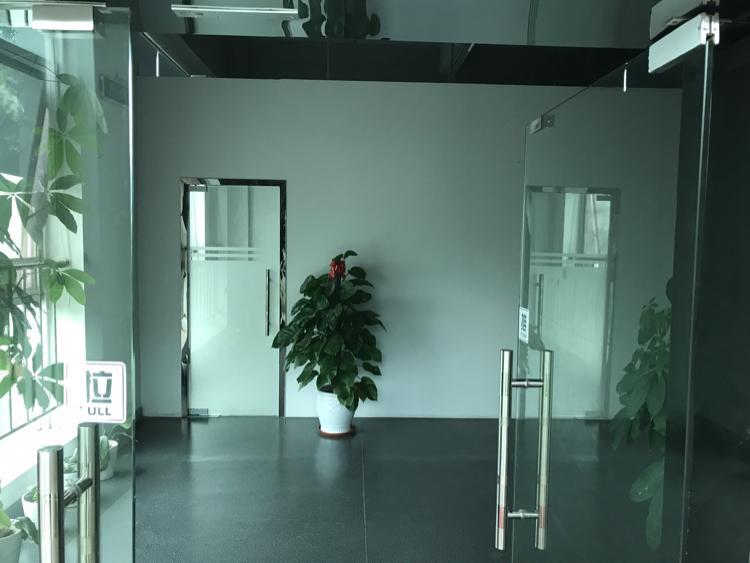 坂田五和大道边利金城工业区2480平带豪华装修厂房低价出租-图8