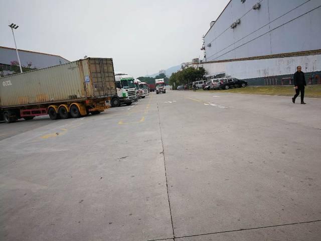龙华梅观高速旁新出标准物流仓库1楼8000平